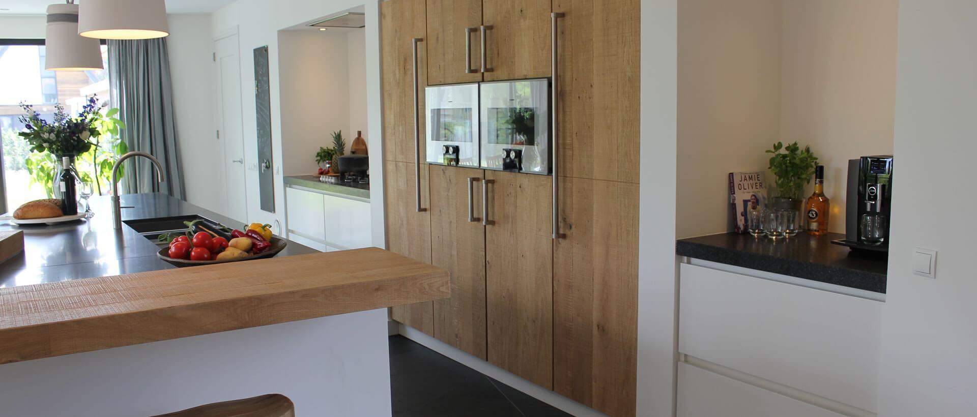 Gerard hempen handgemaakte keukens van hout for Eigen keuken bouwen